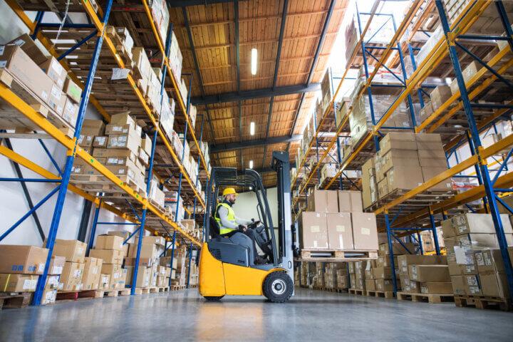 Heftrucks intern transport: keuringsinfo, aankoop- en optimalisatietips