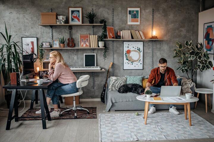 Flexwerk en thuiswerk: naar een nieuwe invulling van de kantoorruimte